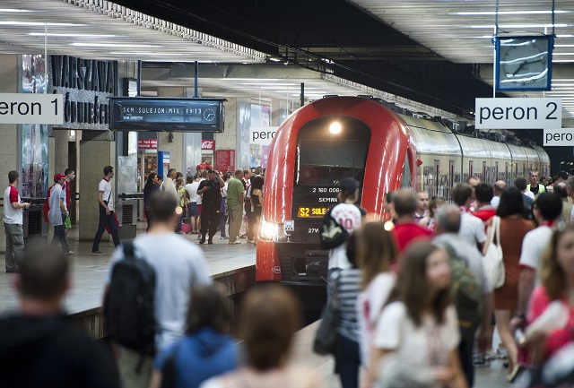 Record high number of public transport passengers in Warsaw