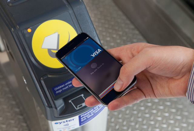 One billion journeys made by contactless payment on London's transport network