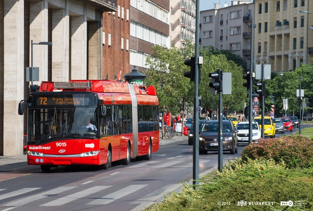 Trolleybus line 72 weekend route extension to Orczy tér